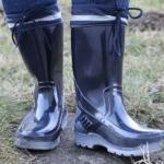 転びづらい長靴の選び方!ポイントはソールの材質と表面の仕上げ。たかが長靴、されど長靴