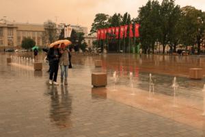 今年の梅雨入りはいつ?今年はコロナもあるから水害に要注意!