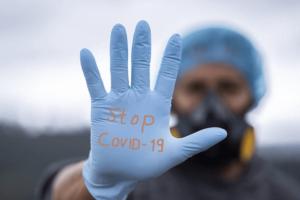 冬にかけてコロナ第3波が到来する?!北海道の感染者が増えた理由からわかる「換気と加湿」の大切さ