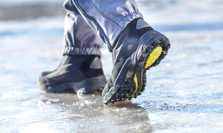 安全靴を選ぶ際の基準は?
